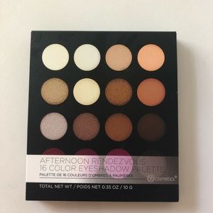 Afternoon Rendevous 16 colour eyeshadow palette